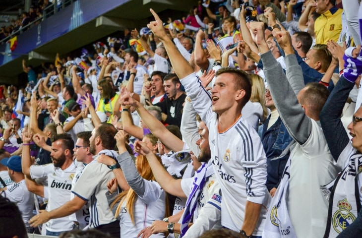 real madrid fans in stadion